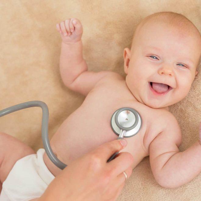 Nina Abel den richtigen Kinderarzt finden Fragen Stillen